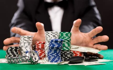 "The Art of Going ""All-In"" - Online Poker Guide"