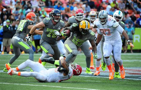 Eddie Lacy Photos Photos - 2014 Pro Bowl - Zimbio