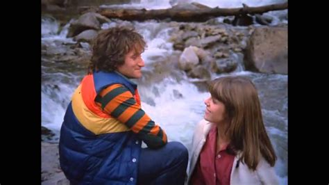 mork and mindy theme - YouTube